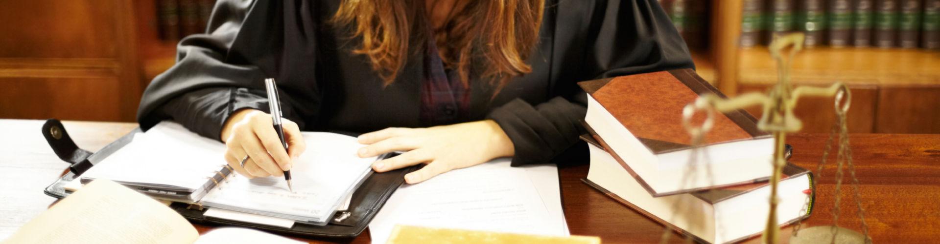 Juriste en Droit commercial / Droit des contrats